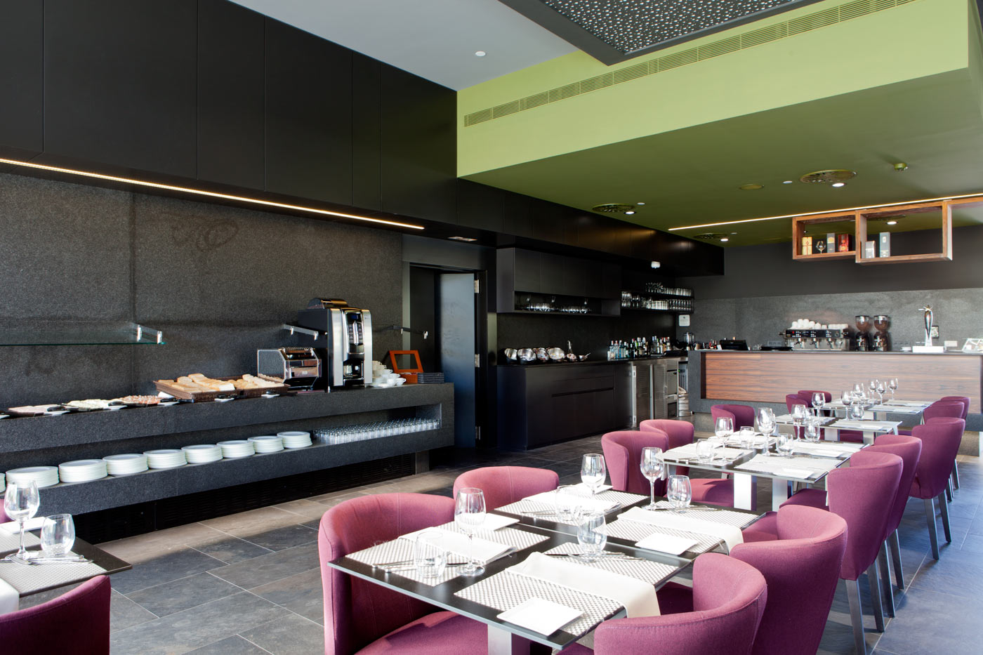 Restaurante punt i coma del hotel plaza europa barcelona - Restaurante al punt ...